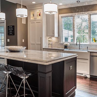 transitional kitchen design with quartzite tops 3